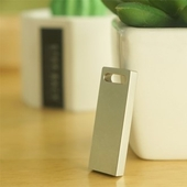 특별한 메탈 USB 4GB